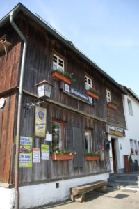 Lebendiges Baudenkmal Gastwirtschaft Adelskammer im Frankenwalt
