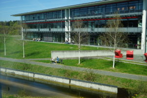 Blick auf die Hörsäle der Hochschule Hof