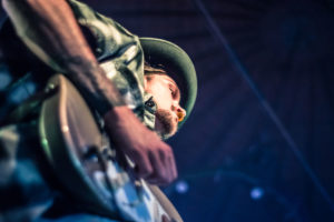 In the flow: der Gitarrist von Soundbar. Rock am Stein 2018