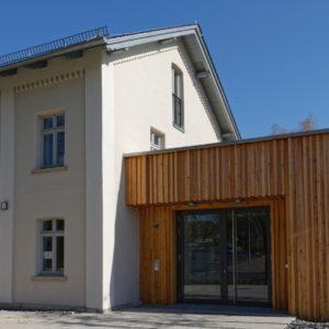 Klangmanufaktur Hof, Stadt Hof, Hof Saale, Probenraum, Architektur, Hofer Symphoniker, Altbau, Teilneubau, Anbau, Eingang, Laerchenholz, Architektur