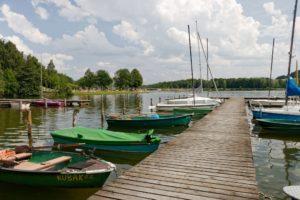 Stadt Hof; Bayerisches Vogtland; Natur; Rückkehr; Untreusee; Badesee; Boote; Segelboote; Steg; Sommer; Landkreis Hof; Hofer Land; Oberfranken; Hochfranken