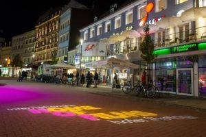 """Central-Kino von Hof/Saale. """"HOF"""" steht für Home of Films"""