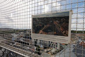 Stadt Hof; Rathausturm; Bildtafeln mit Erklärung