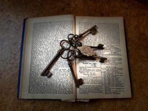 Schlüssel; Brauchtum; Riten: Erbschlüsseldrehen; alter Brauch in Oberfranken