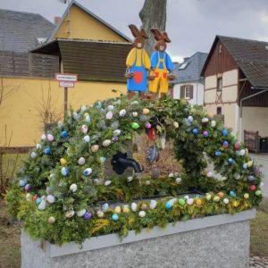 Osterbrunnen in Ahornberg, Landkreis Hof