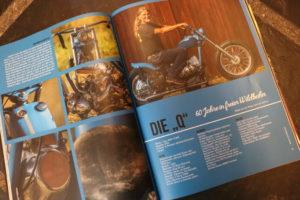 """Legende der Biker-Szene: Sechs Seiten widmete das """"Kustom Life Magazine"""" Mimi Schneiderbanger und seiner Q."""