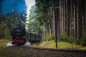 Zeitalter der Dampflokomotive: Die Industriestadt Hof wurde als eine der ersten Städte an das neue Eisenbahnnetz angebunden. (Foto: Pixabay)
