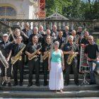 Erinnerungsfoto: Die Big-O-Band vor dem Promenadenkonzert am Theresienstein in Hof/Saale.